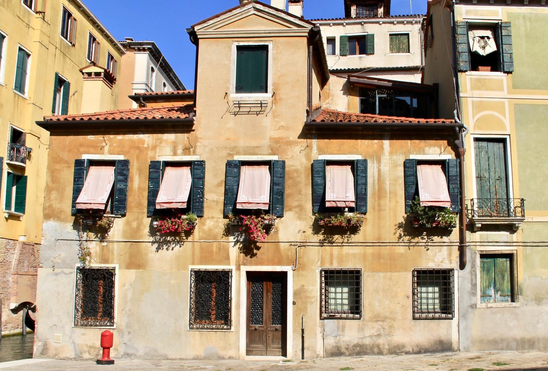 Venice Apartments - 1